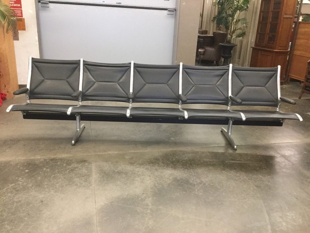 Fabulous Eames Herman Miller Airport Lobby Bench 5 Seat Bank Unemploymentrelief Wooden Chair Designs For Living Room Unemploymentrelieforg